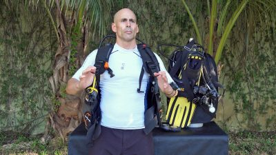 Carrying your backmount scuba diving system